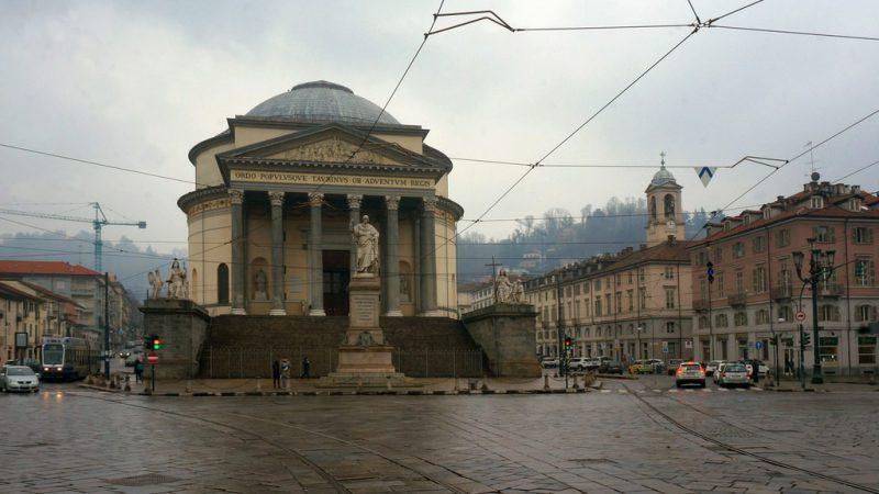 Torino con la pioggia