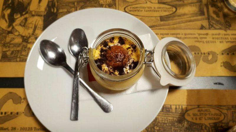 Il dolce in burnia di una delle migliori piole di Torino; Cocos